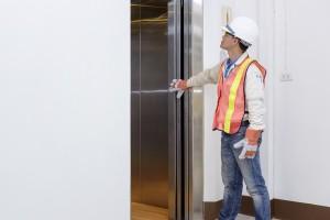 大規模修繕でエレベーターの修繕を行う際のポイントとは?